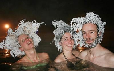 Ниските температури покрај топли извори им овозможи на Канаѓаните да прават луди замрзнати фризури