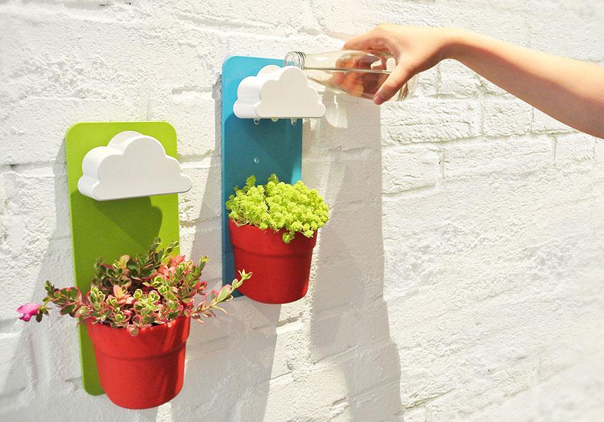 (1) Отсега вашите цвеќиња ќе можат да си имаат свое сопствено облаче за дожд