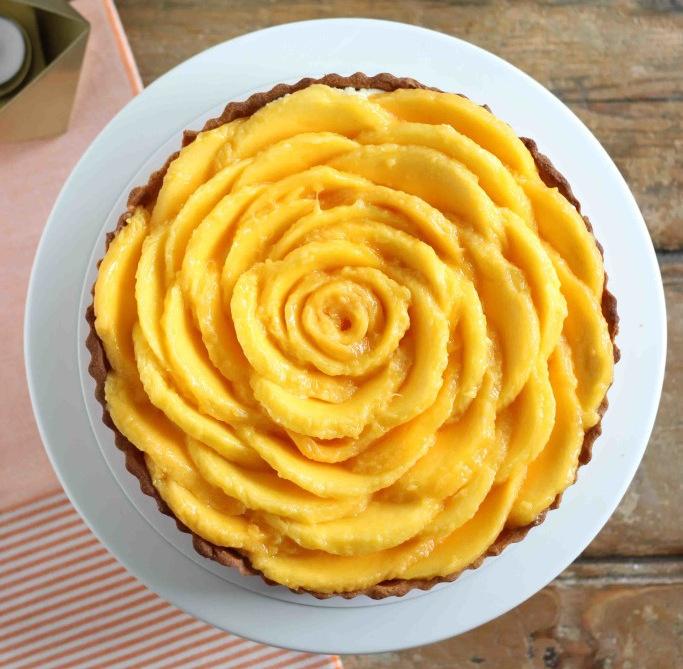 (2) Неодолив чизкејк колач со манго