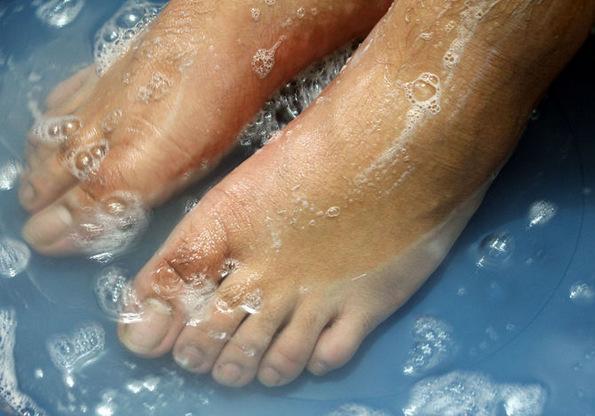 40 можности за употреба на хидроген пероксидот во домашни услови