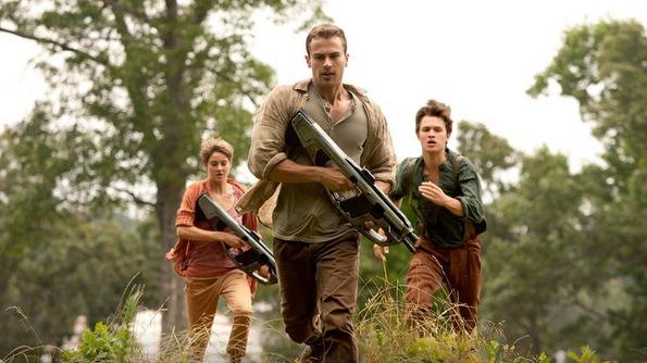 (3) Филм: Побунети (Insurgent)