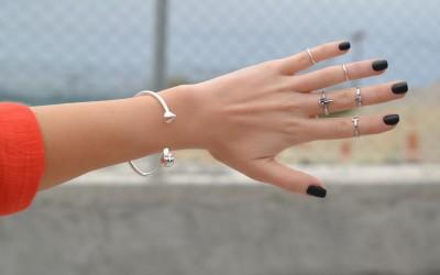 Прстите на кој носите прстени можат да ви откријат многу за вашиот карактер