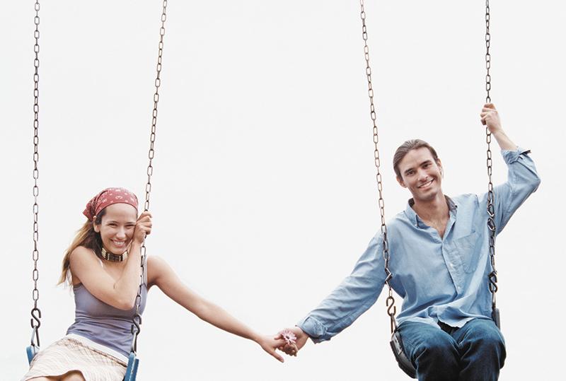 Сте започнале нова врска. Што да очекувате понатаму од секој хороскопски знак?