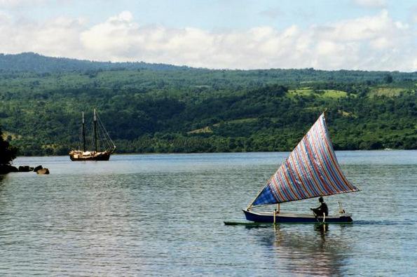 (4) Би го посетиле ли проколнатиот остров Сумбава во Индонезија?