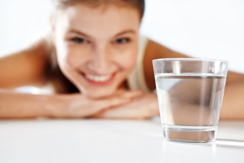 5 нешта кои со сигурност ќе ви се случат доколку заборавате да пиете вода