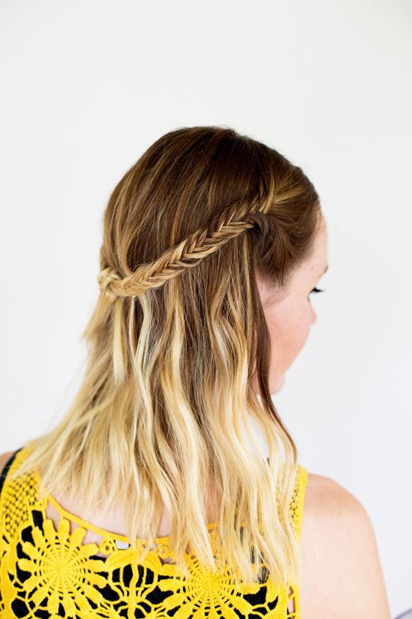 (9) Едноставна летна фризура: Бохо плетенка во јазол