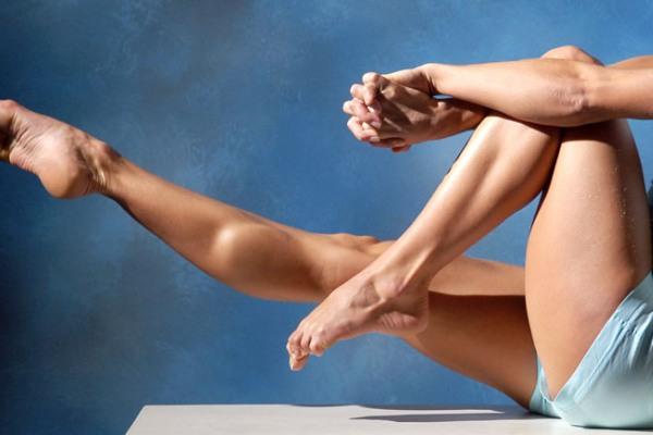 Вежбајте дома: Брзо и едноставно затегнување на мускулите на нозете