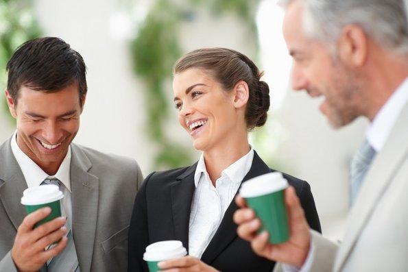 12 проблеми на интровертите кои работат во заедничка канцеларија