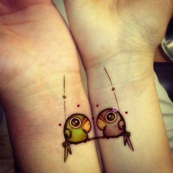 (1) Одлични заеднички тетоважи за најдобрите пријатели