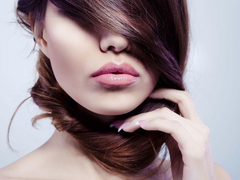 Одличен рецепт за природно зголемување на вашите усни