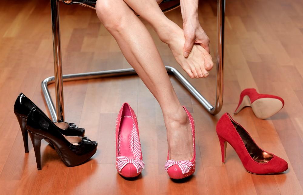 Внимание: Ова е најопасната несакана последица од носењето штикли со високи потпетици