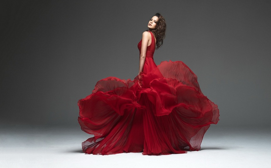 2 трика со чија помош ќе изгледате послабо и поженствено во фустан