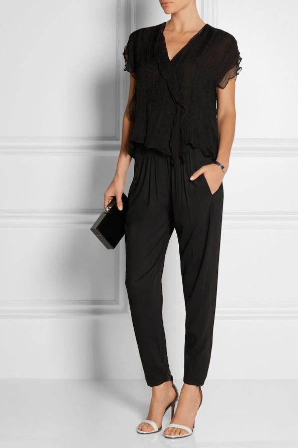 (4) Како да носите црни модни комбинации за време на летото?