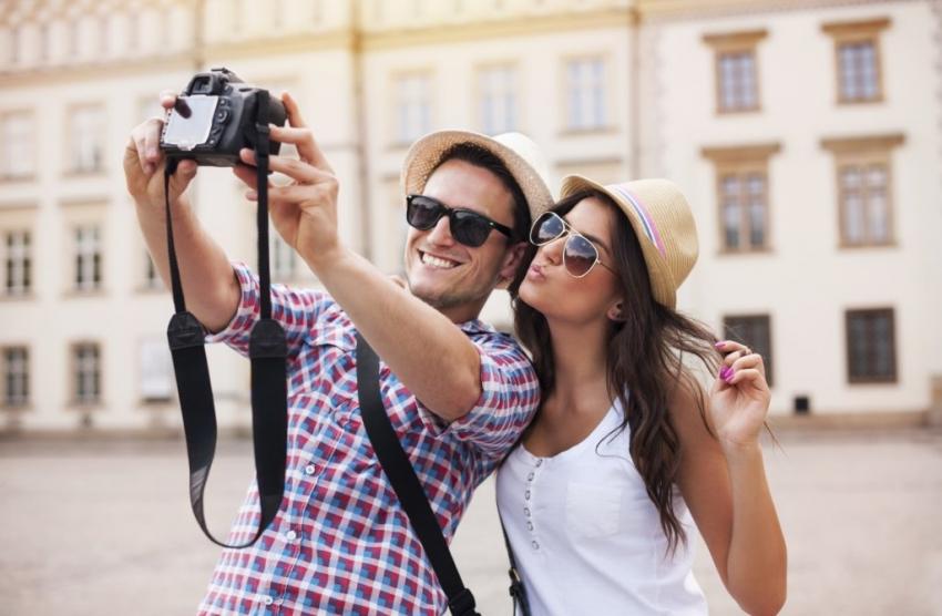 Што можат заедничките фотографии да откријат за вашата љубовна врска?