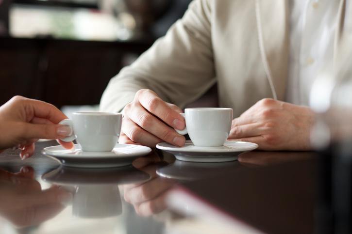 """(1) Приказна за """"одложено кафе"""" која ќе ви го стопли срцето и ќе ве инспирира"""