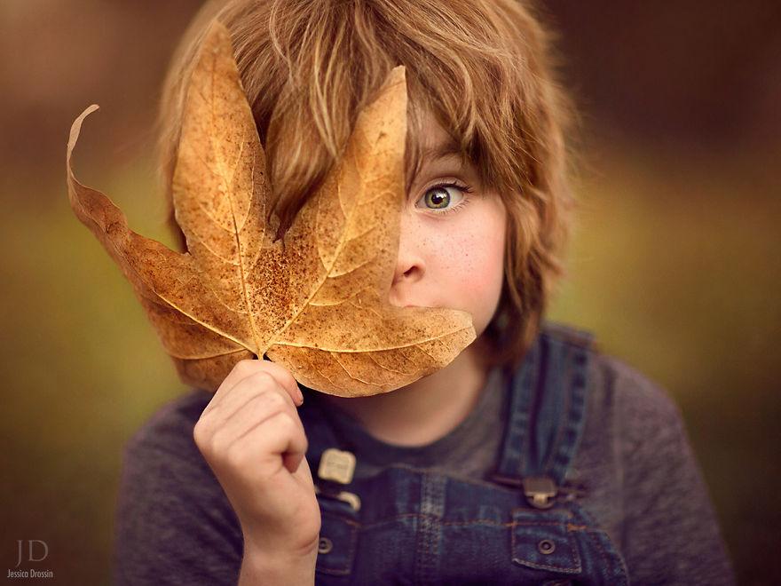 (1) Мајка прави неверојатни есенски фотографии од своите деца