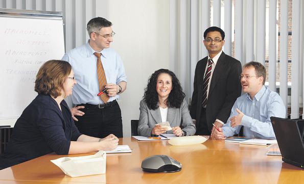 Четири начини кошто ќе ви покажат како да ја добиете почитта на работното место