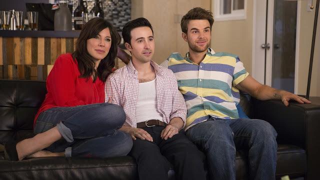 (2) 5 хумористични ТВ серии кои можат да ви ги исполнат студените викенди
