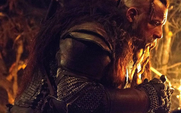 (2) Филм: Последниот ловец на вештерки (The Last Witch Hunter)