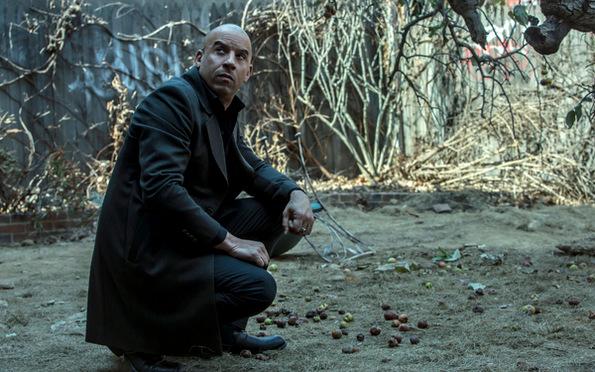 (3) Филм: Последниот ловец на вештерки (The Last Witch Hunter)