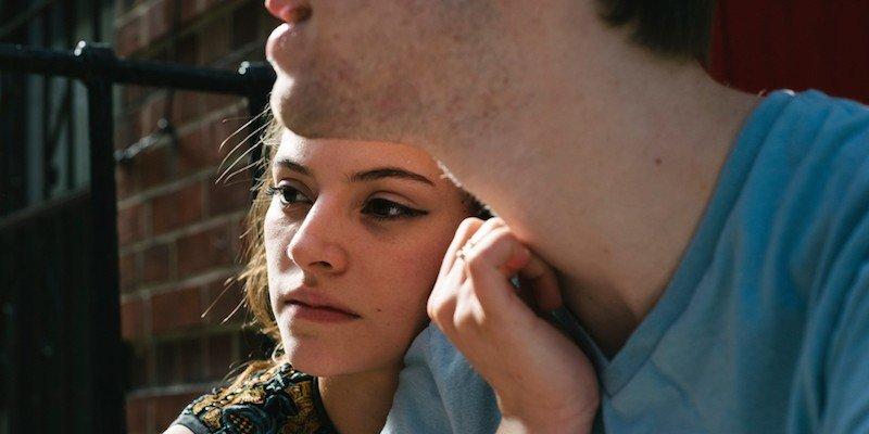 Фобија од љубовни врски: 7 знаци дека тој се плаши да биде со вас