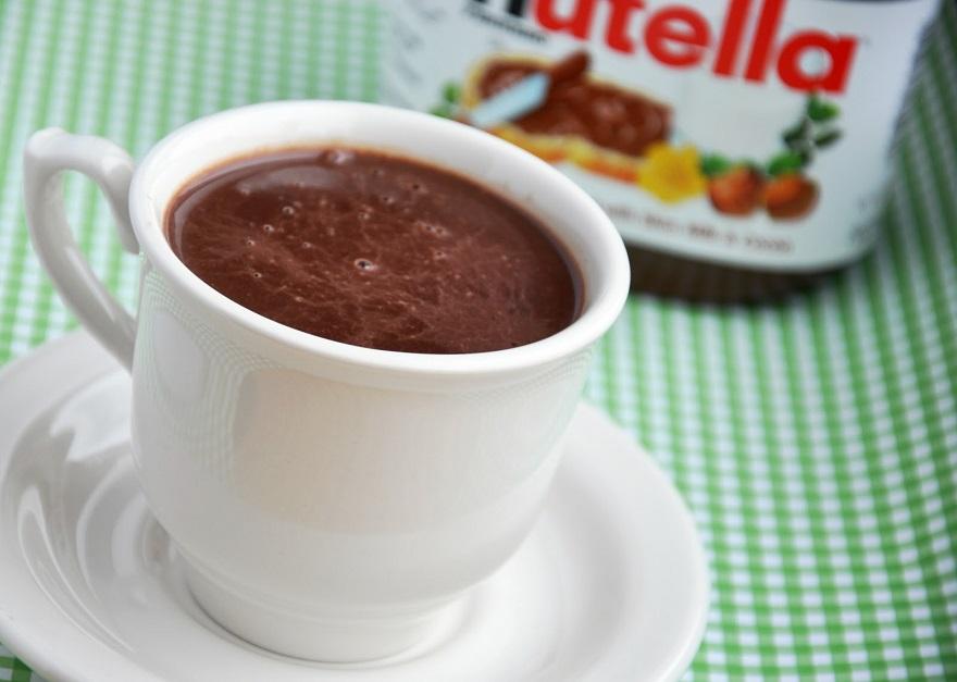 (0)-toplo-chokolado-so-nutela-kafepauza.mk