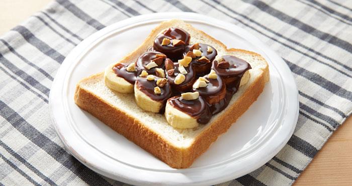 (2) chokoladnite-parchinja-za-sendvichi-stanaa-realnost-kafepauza
