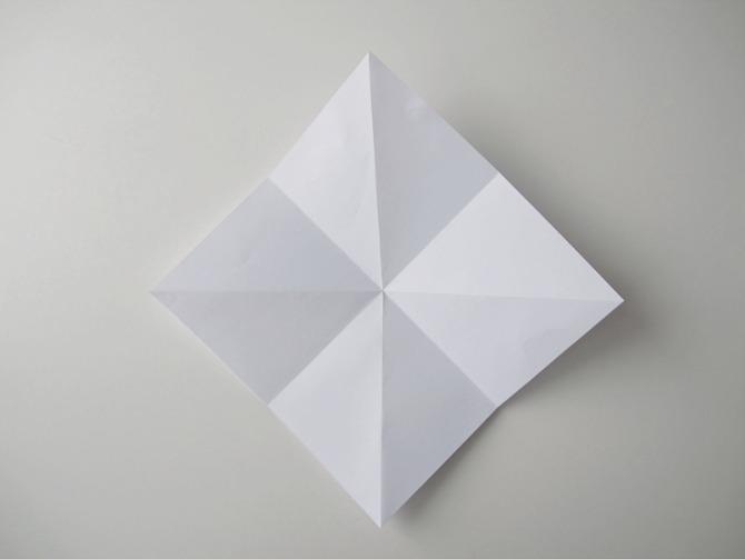 8-unikatno-posebno-originalno-napravete-sami-origami-ukras-vo-oblik-na-dijamant-www.kafepauza.mk_