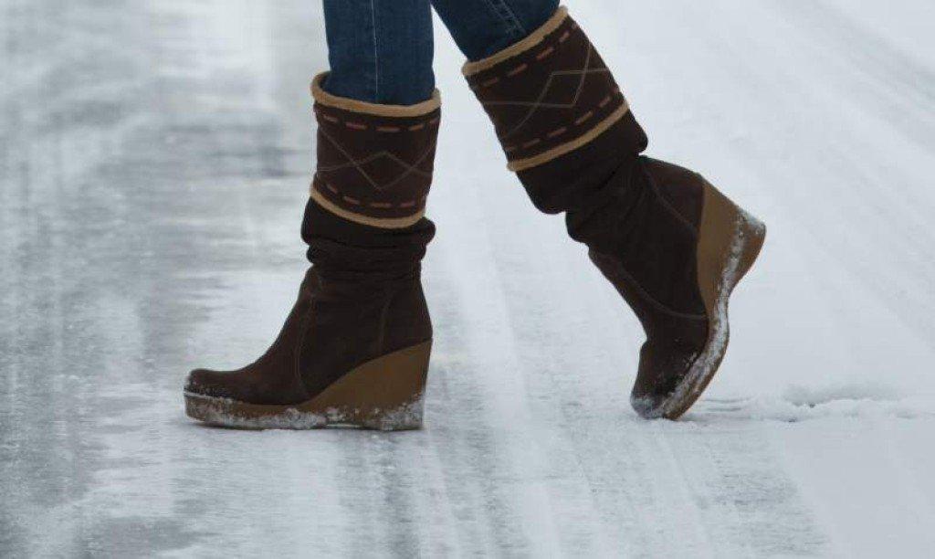 5 спасоносни трикови за сигурно одење по мразот!
