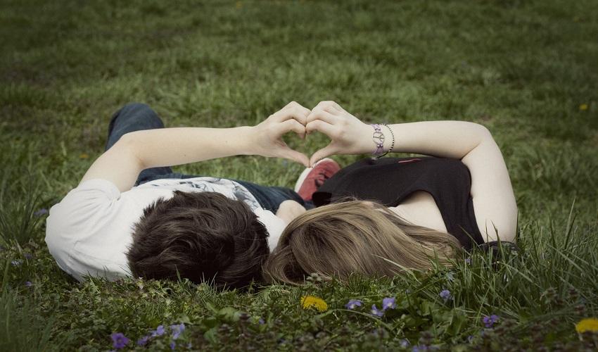 Среќни и секогаш заљубени: Најсилните љубовни хороскопски комбинации