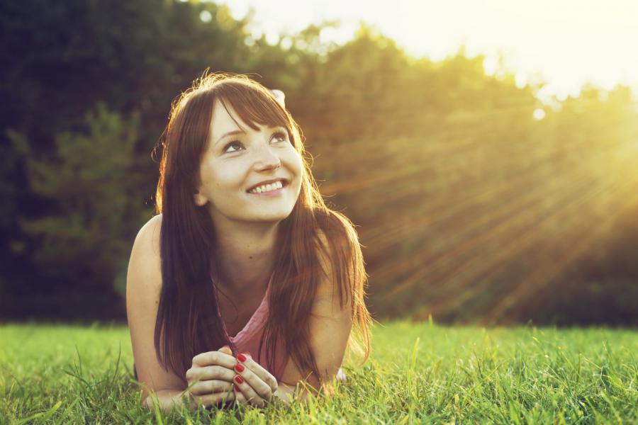 (0) 10 мудри навики кои ги имаат среќните и здрави жени