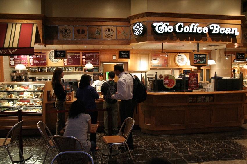8 најлоши типови луѓе кои ќе ги сретнете во вашето омилено кафуле