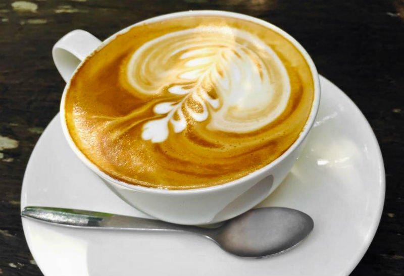 Што се случува со вашето тело кога пиете кафе на празен желудник?