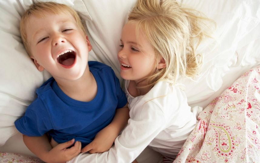 Како вашите браќа и сестри можат да ве научат сѐ што треба да знаете за љубовта
