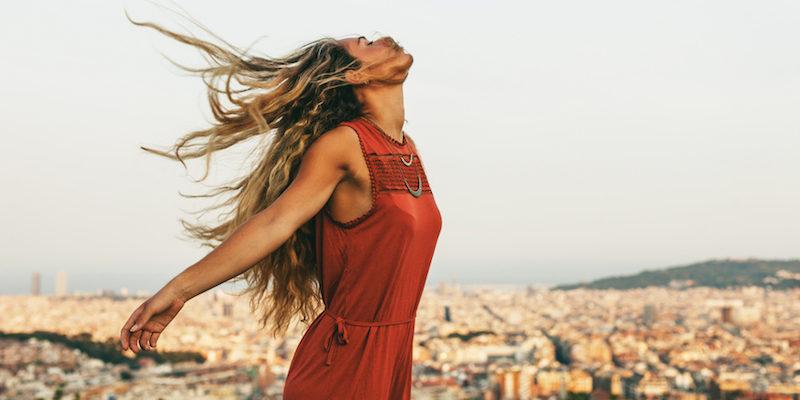 10 причини зошто жените кои често патуваат не се плашат да изберат авантура пред љубов