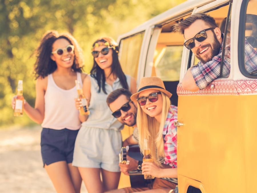 Живејте го животот во полн ек: Науката вели дека спонтаните луѓе најмногу се забавуваат