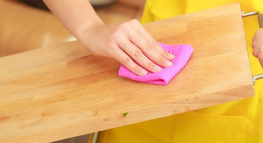 3-те најдобри трикови за спречување на гребнатините на мебелот