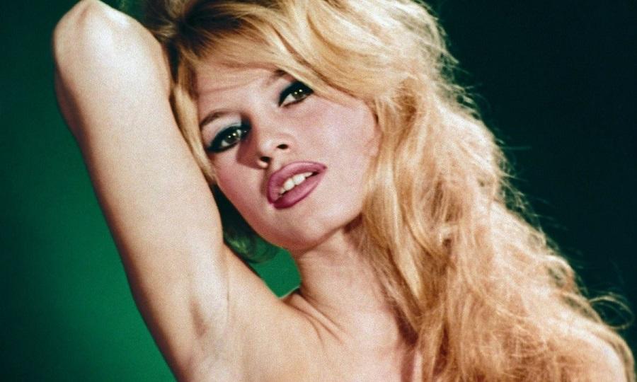Француски трик за убавина: Како да имате полни усни како Бриџит Бардо