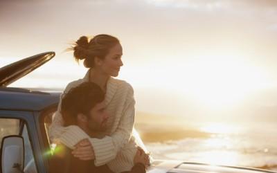 """8 начини на кои тој ви кажува дека ве сака без да ги изговори зборовите """"те сакам"""""""