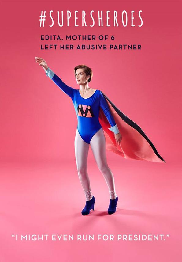 (2) 5 жени кои преживеале домашно насилство ја покажуваат својата сила преку моќни фотографии