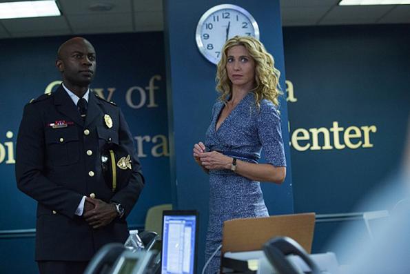 (3) ТВ серија: Задржување (Containment)