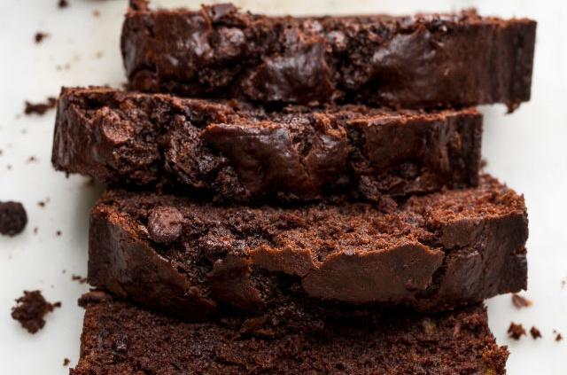 4-recept-za-vkusen-chokoladen-leb-od-banana-www.kafepauza.mk_
