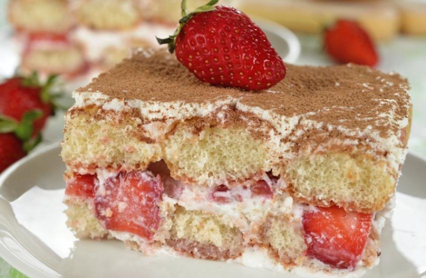 Тирамису со јагоди: Колач на чиј вкус ретко кој може да одолее