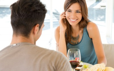10 љубовни парови откриваат како се запознале