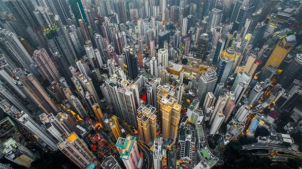 (9)-Hong-Kong-niz-objektivot-na-Endi-Jeung-kafepauza