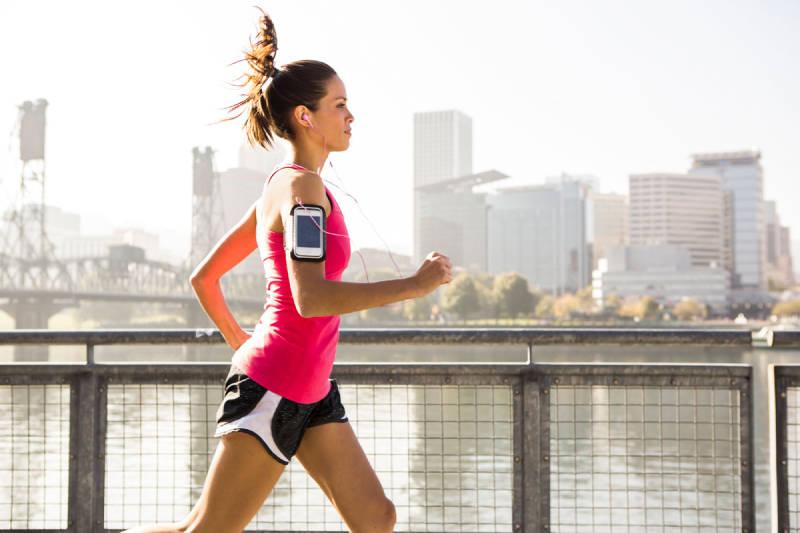 Истражувањата откриваат: Човекот поминува помалку од 1% од својот живот во вежбање