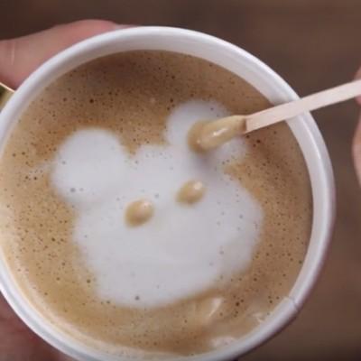 Неверојатни уметнички декорации на кафе кои ќе ги задоволат вашите сетила