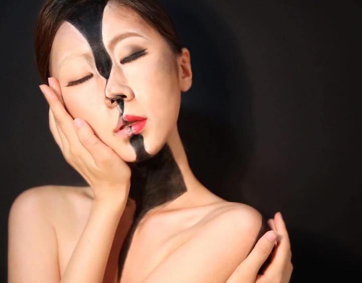 Уметница со шминка го трансформира своето тело во неверојатни оптички илузии