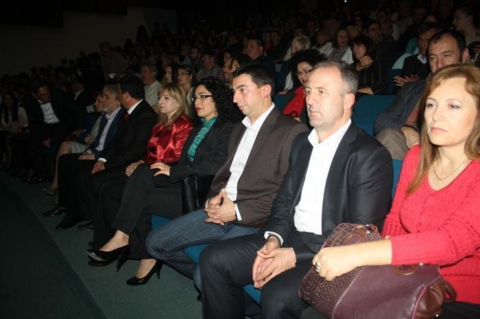 Македонски театарски фестивал: Издигнување на драмското и театарско творештво