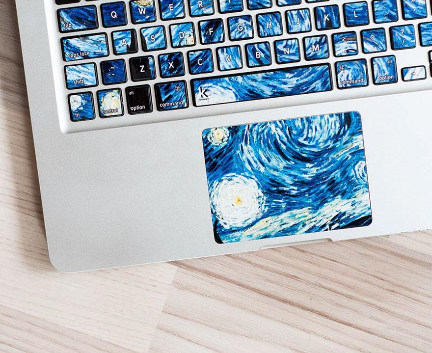 (2) Налепници за тастатура кои ќе го претворат вашиот лаптоп во познато ремек-дело